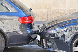 交通事故の初期対応から通院までの流れと注意点を弁護士が解説!